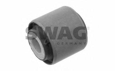 Сайлентблок важеля SWAG 10790035